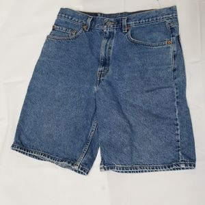 Levi's 550 relaxed fit light wash jean shorts 34W
